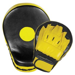 Boxing-Training-strike-Thai-focus-pad